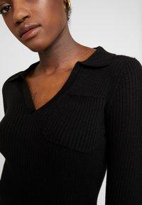Fashion Union - NAPA - Pletené šaty - black - 6