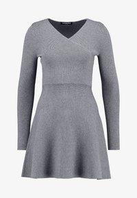 Fashion Union - WALPI - Robe pull - grey - 5