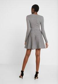 Fashion Union - WALPI - Robe pull - grey - 3