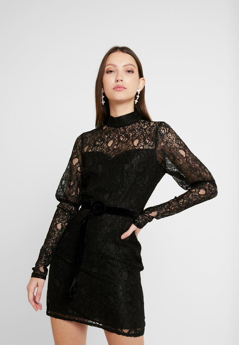 Fashion Union - MARGERINE - Vestido de cóctel - black