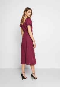 Fashion Union - COLLI VERSION - Robe d'été - plum - 2