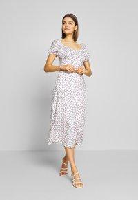 Fashion Union - GABRIELLA - Day dress - ditsy rose floral - 0