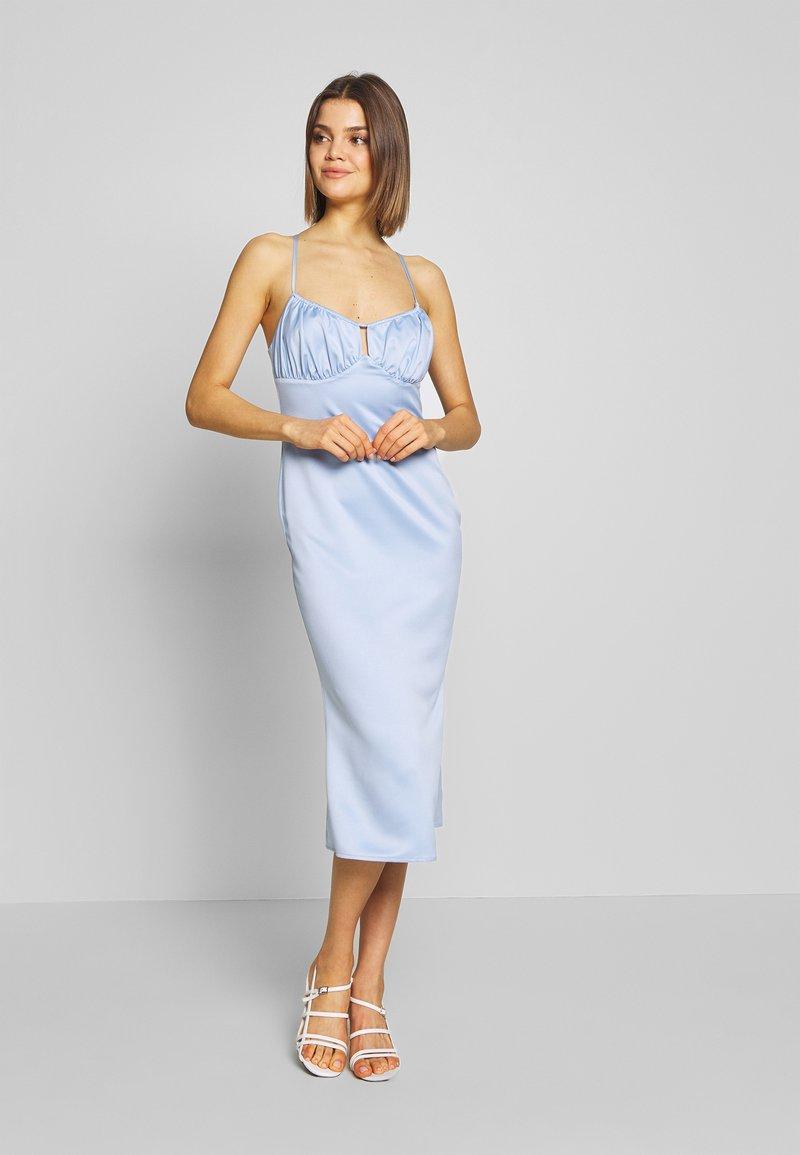 Fashion Union - EVA - Robe d'été - blue