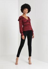 Fashion Union - AMLENE - Blouse - bordeaux - 1