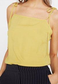 Fashion Union - SINITA - Top - yellow - 5