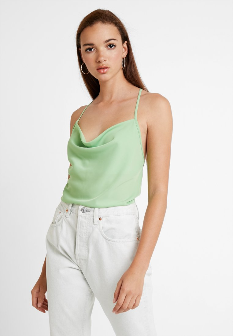 Fashion Union - COWLA - Top - plain green