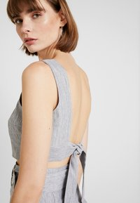 Fashion Union - SMARTY - Blouse - grey - 3