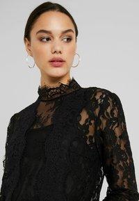 Fashion Union - NALIA - Bluser - black - 3