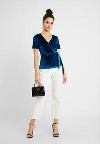 Fashion Union - T-shirt con stampa - blue - 1