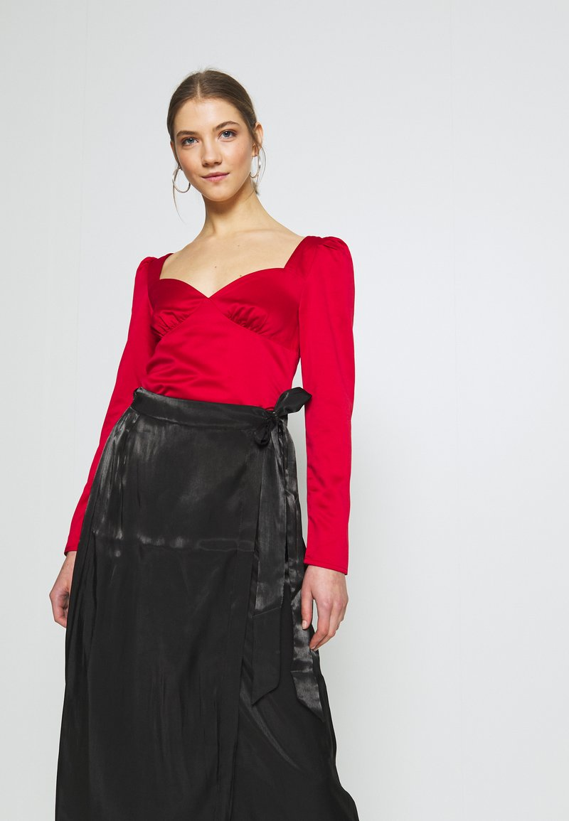 Fashion Union - GIVA - Bluser - red