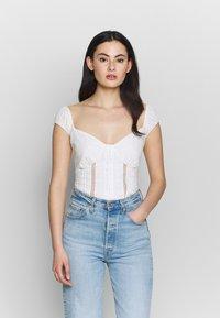Fashion Union - MERRIE - Blouse - white - 0