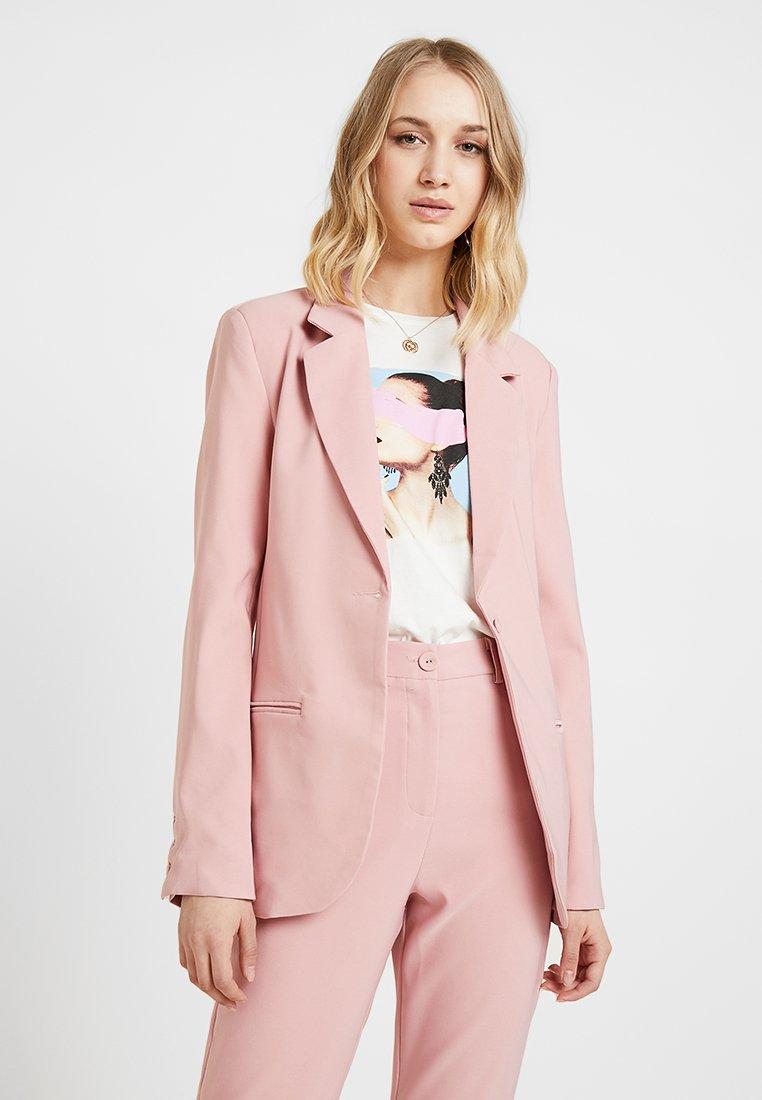 Fashion Union - BENJAMIN - Blazer - pink