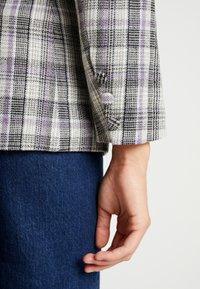 Fashion Union - CILLIAN - Blazer - grey - 4