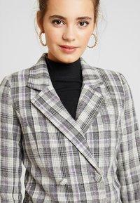 Fashion Union - CILLIAN - Blazer - grey - 3