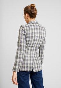 Fashion Union - CILLIAN - Blazer - grey - 2