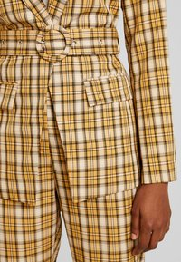 Fashion Union - CLUELESS JACKET - Blazer - yellow - 5