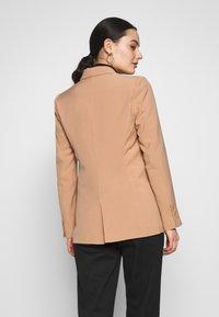 Fashion Union - BENJAMIN - Blazer - beige - 2