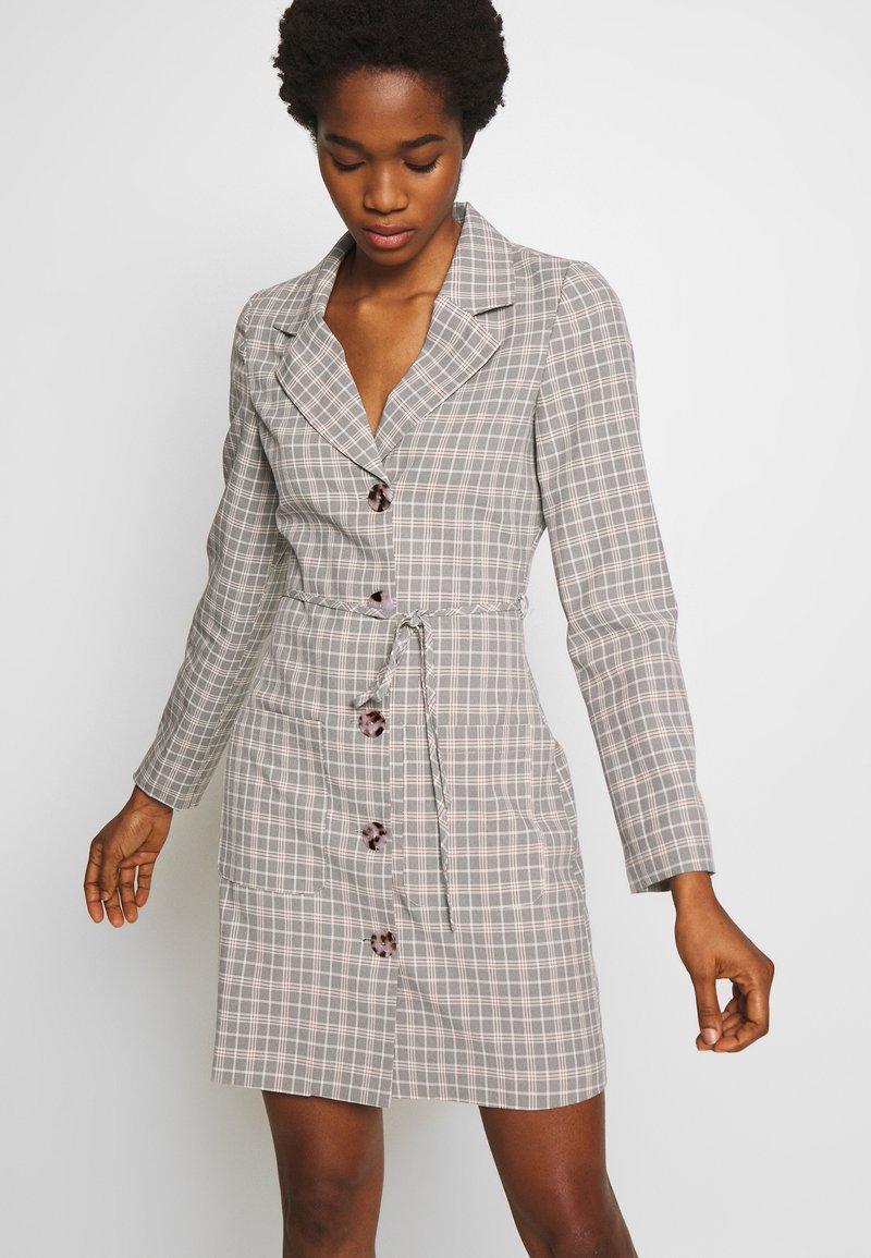 Fashion Union - ETTIE - Robe chemise - black/cream/brown