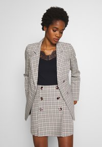 Fashion Union - BETTY - Blazer - black/cream/brown - 0