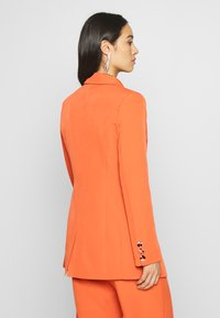 Fashion Union - PECHE - Krátký kabát - orange - 2