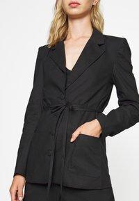 Fashion Union - BETHANY JACKET - Blazer - black - 5