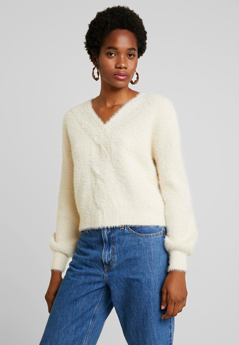 Fashion Union - SASSAFRAS - Stickad tröja - cream