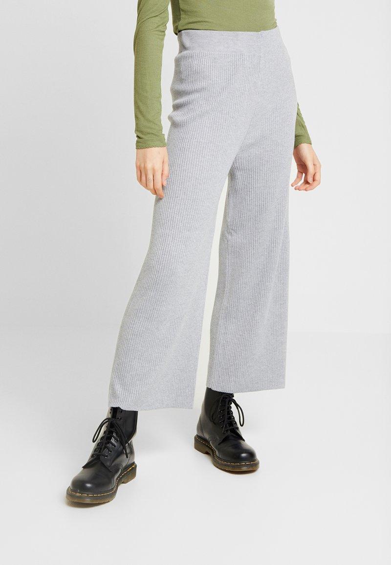 Fashion Union - MACDONALD - Tracksuit bottoms - grey