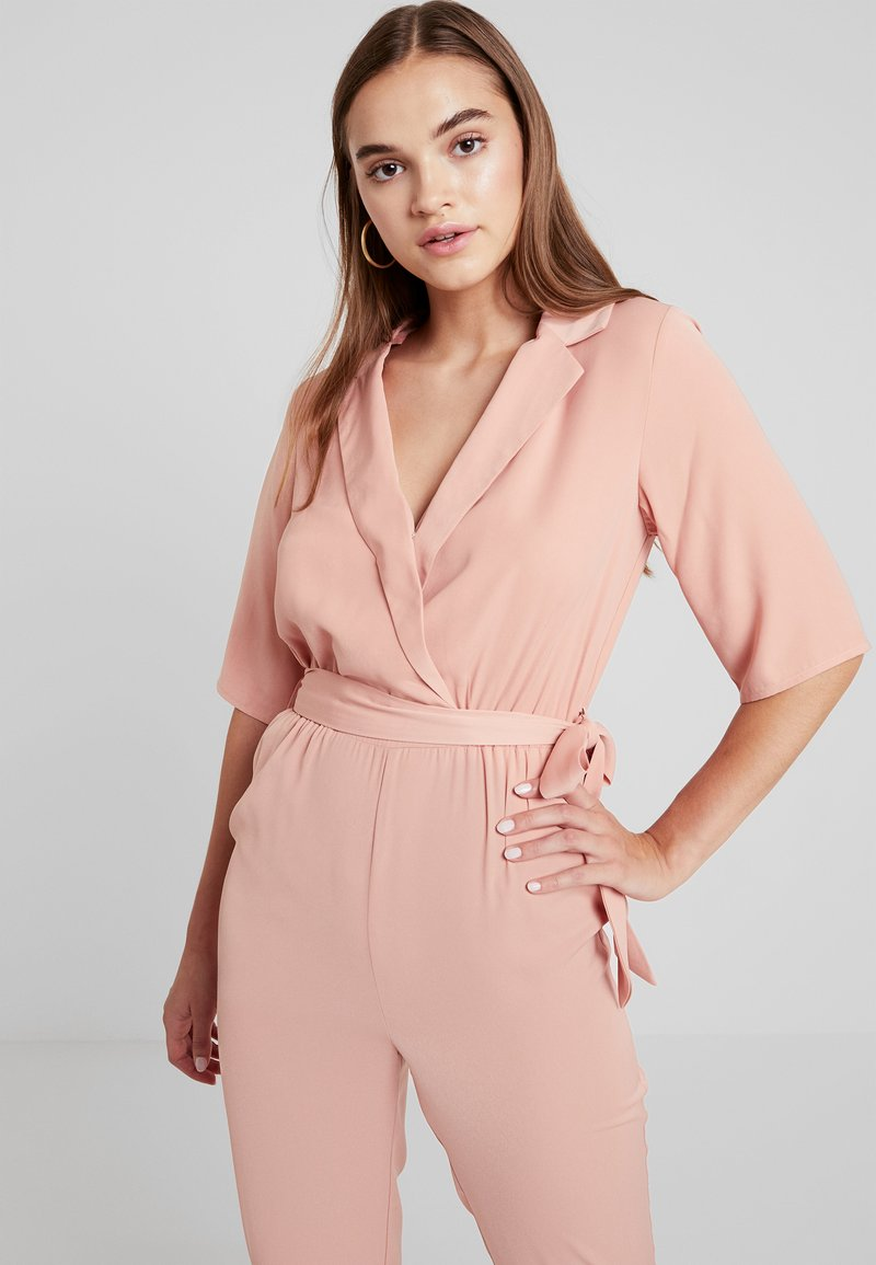 Fashion Union - EXCLUSIVE GRANDE - Overall / Jumpsuit /Buksedragter - pale pink