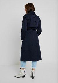 Fashion Union - ALBERT - Trenchcoat - navy - 2