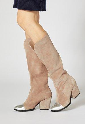 High heeled boots - gray