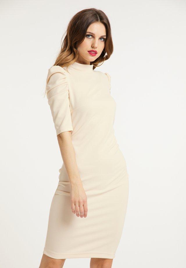 ETUIKLEID - Shift dress - beige