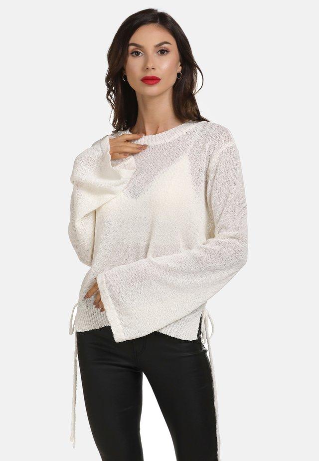 Stickad tröja - woolen white