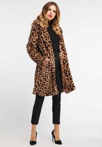 faina - MANTEL - Veste d'hiver - leopard - 1