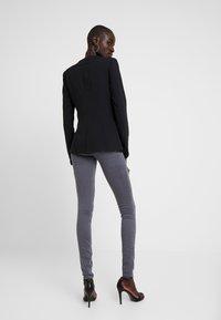 Fashion Union Tall - TORA SCALLOP TRIM - Blazer - black - 2