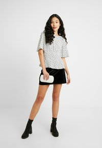 Fashion Union Tall - CANDY SKIRT FASHION BELTED - A-Linien-Rock - black - 1