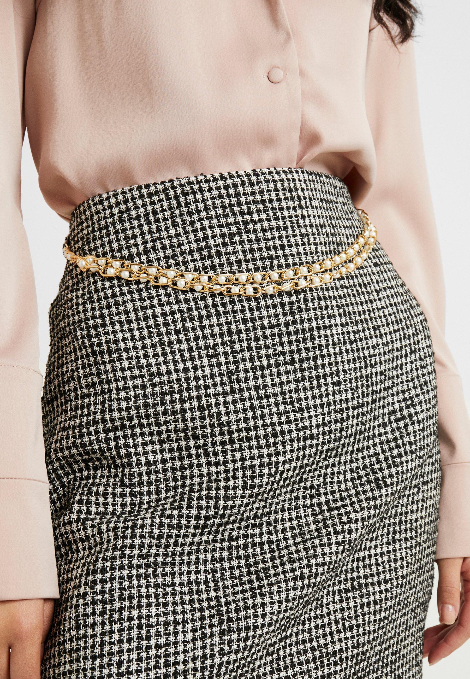 Fashion Union Tall DELENA SKIRT FASHION UNION CHECK SKIRT WITH CHAIN BELT - Minigonna black/white