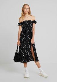 Fashion Union Tall - BRIDGET - Robe longue - black - 2
