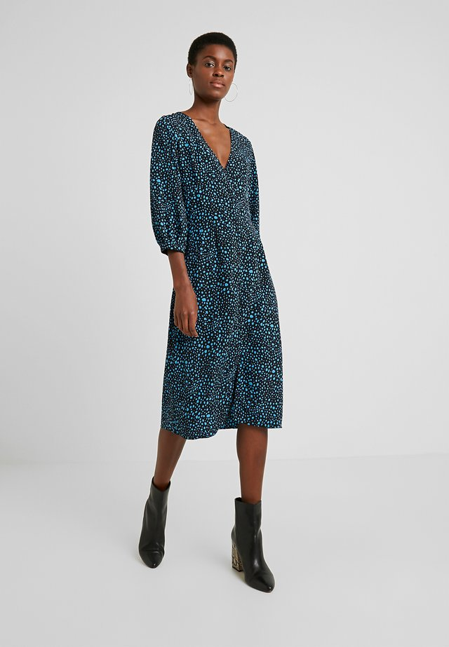 MULAN SPOTTY MIDI DRESS - Korte jurk - turquoise