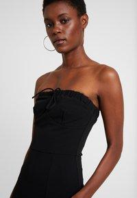 Fashion Union Tall - MARSHA BANDEAU MIDI DRESS - Robe fourreau - black - 4