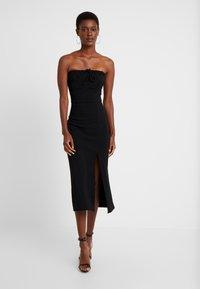 Fashion Union Tall - MARSHA BANDEAU MIDI DRESS - Robe fourreau - black - 0