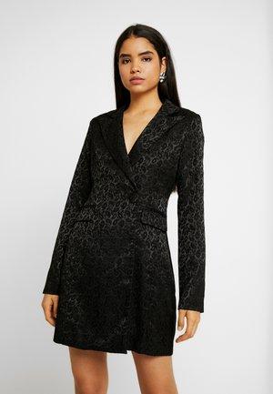 MARKFASHION UNION PAISLEY BLAZER DRESS - Sukienka letnia - black