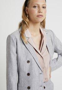 Fashion Union Tall - NERDY - Blazer - grey - 3