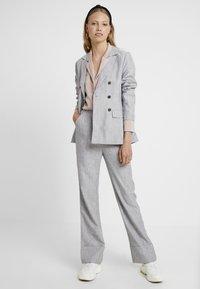 Fashion Union Tall - NERDY - Blazer - grey - 1