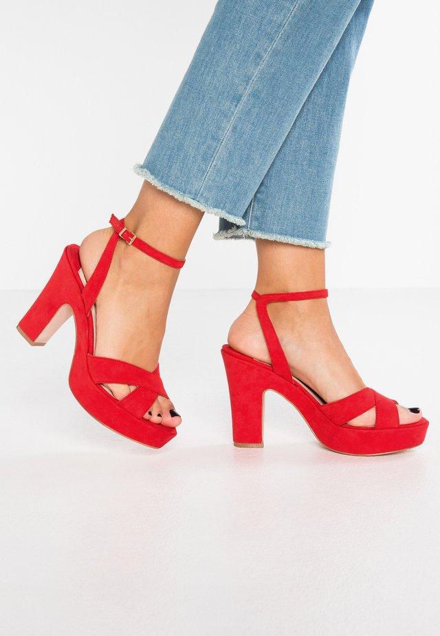 DORM - Korolliset sandaalit - red