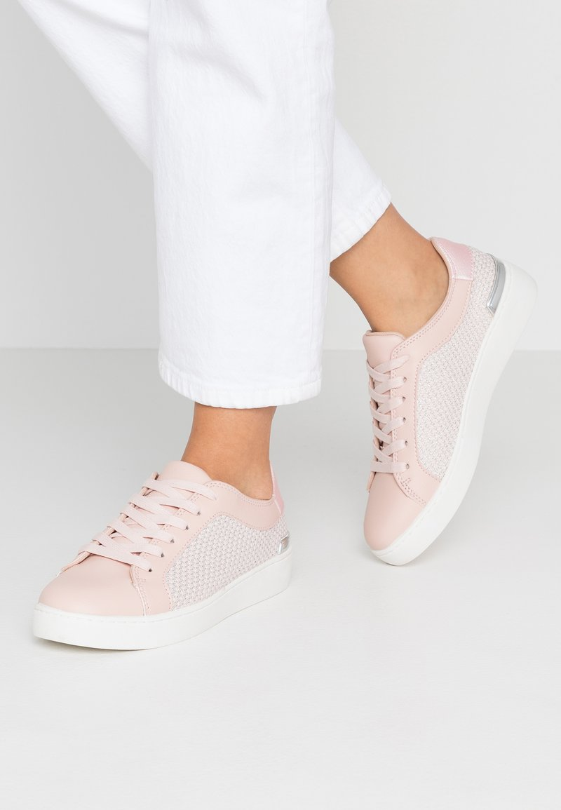 Faith - KEMBER - Sneaker low - pink
