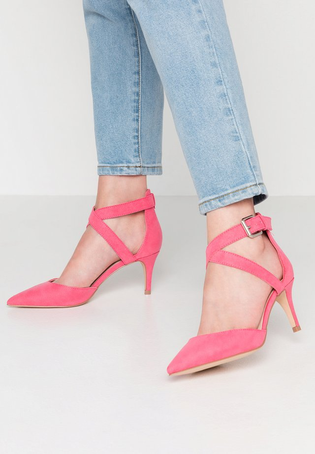 CAFF - Classic heels - pink