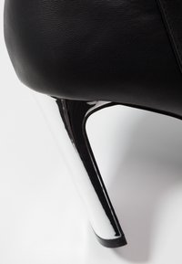 Faith - BETTY - High Heel Stiefelette - black - 2