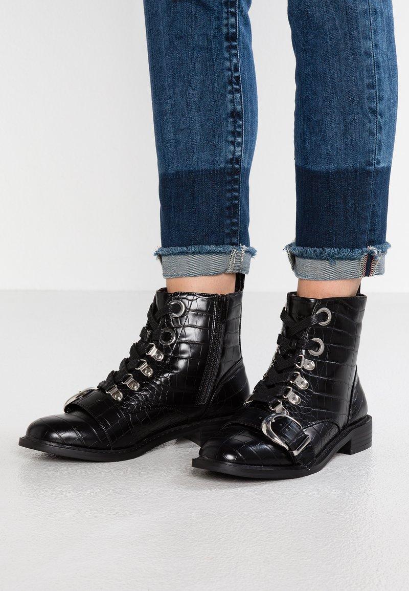 Faith - BERTIE - Bottines à lacets - black