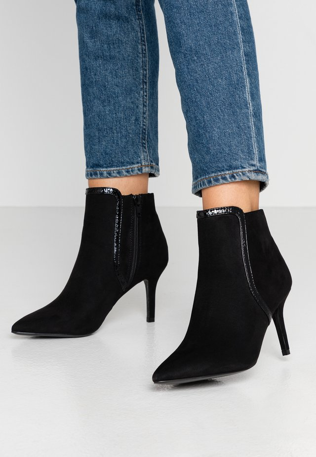 BARRY - Boots à talons - black