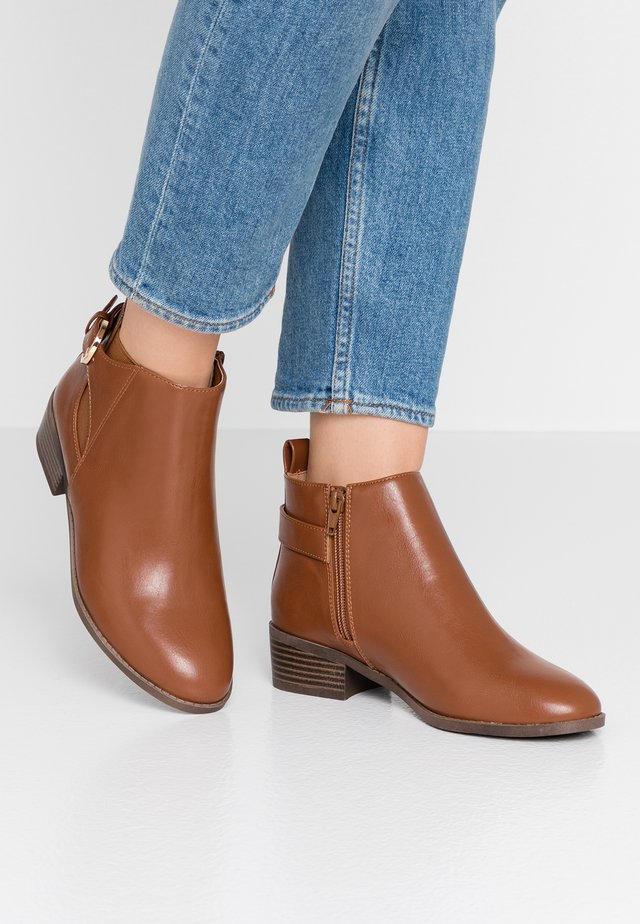 BUNSUN - Ankle Boot - tan